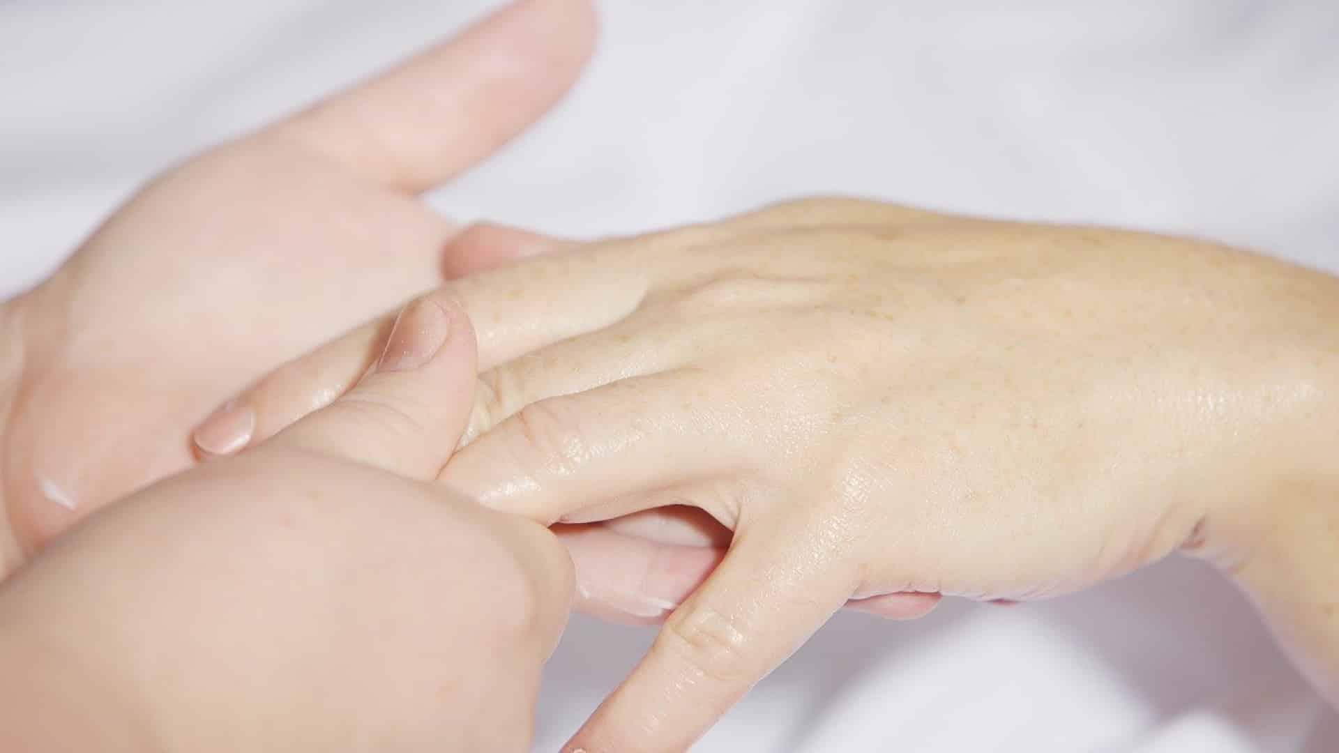 Comment bien entretenir vos mains ?