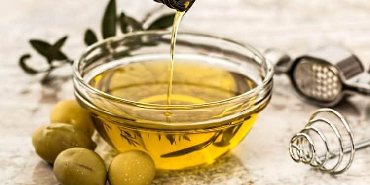 Pourquoi s'offrir un massage personnalisé aux huiles bios ?